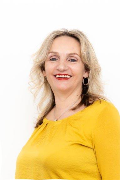 Prokuristin Cornelia Augeneder
